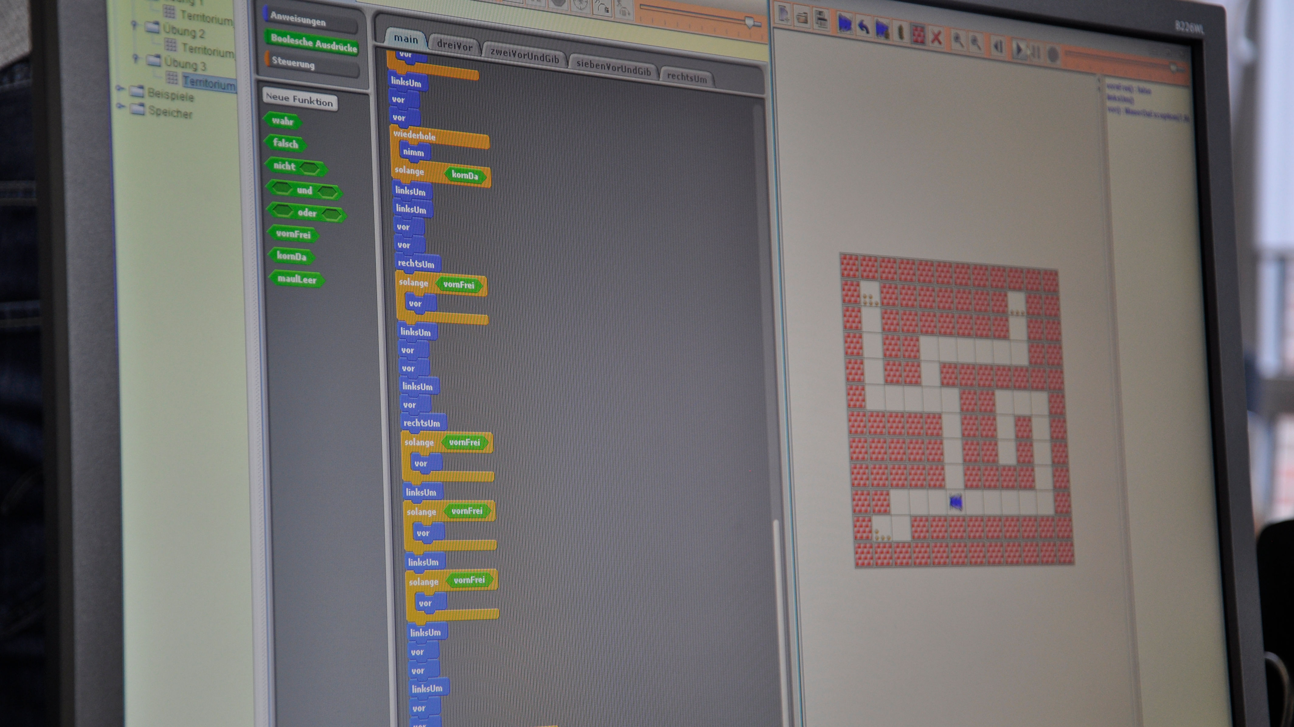 Das Bild zeigt das Hamstermodell, eine Möglichkeit, spielerisch die Programmiersprache JAVA zu lernen.